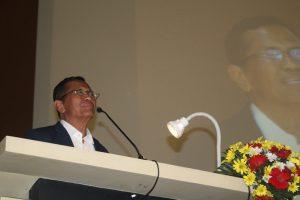 Menteri BUMN Dahlan Iskan Memberi Pembekalan Kepada Wisudawan