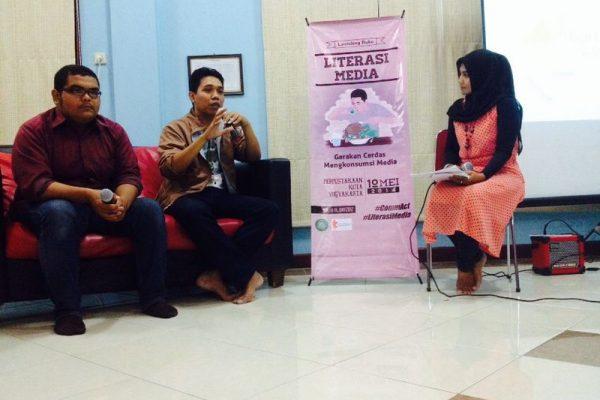 Launching Buku Media LIterasi