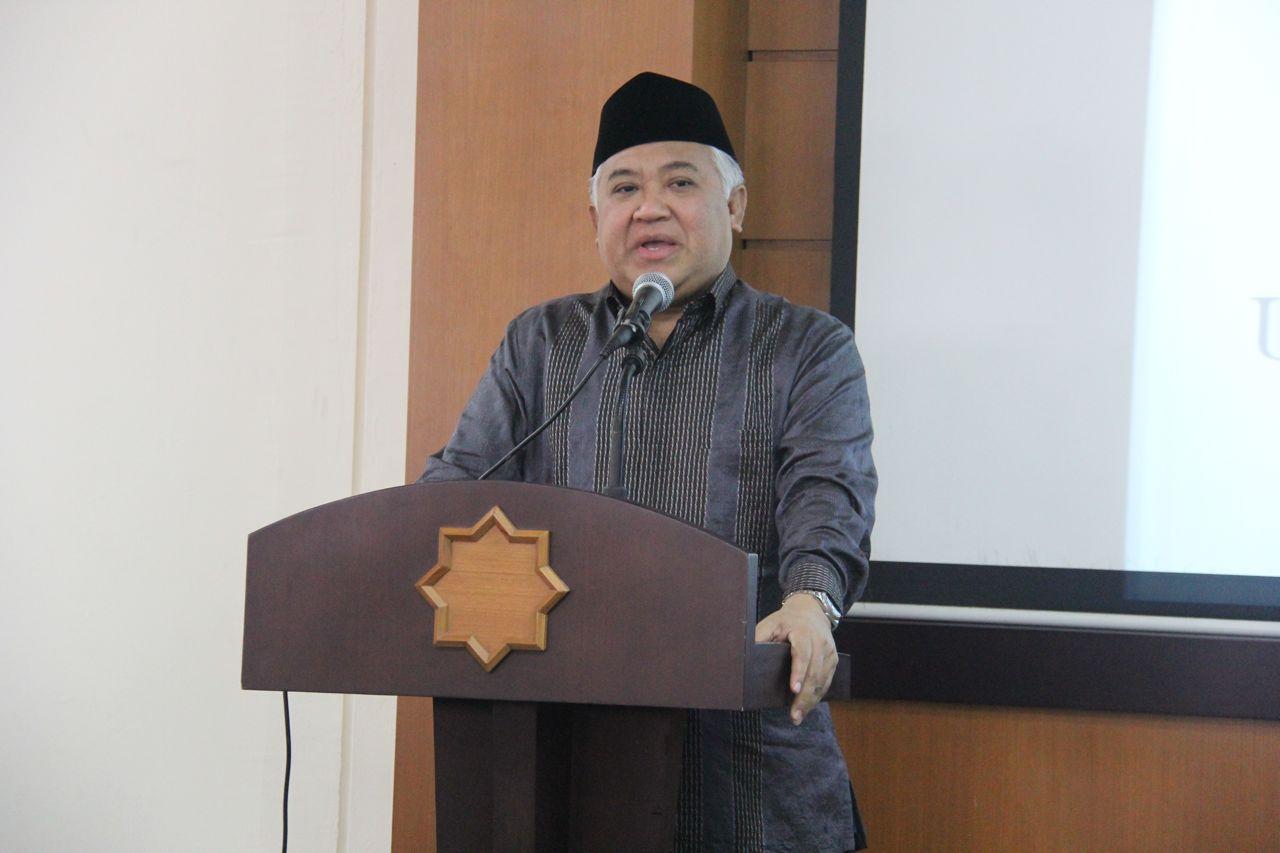 Prof. Dr. M. Din Syamsuddin saat menjadi key note speaker pada acara seminar Pra-Kongres Umat Islam Indonesia ke-VI di UMY